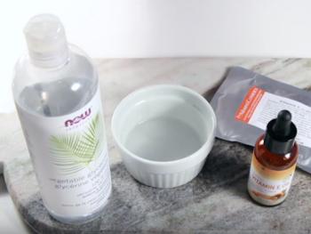 Homemade Anti-Aging Vitamin C Serum
