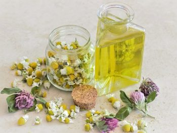 13 Reasons Why You Should Use Chamomile Essential Oil (OMG The Smell)