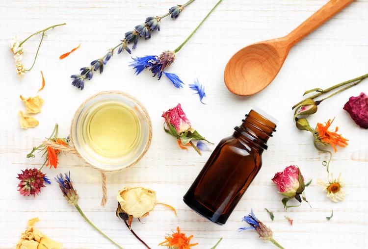 Essential Oil Blends for Pregnancy